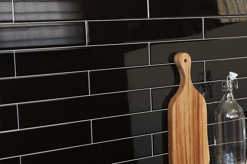 Black Gloss Wall 65x400 chp